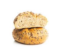 Baked wholegrain bun