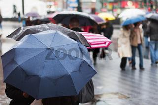 regnerischer Tag in der Stadt