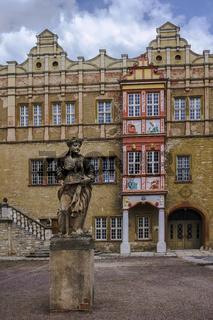 Innenhof von Schloss Bernburg waehrend der Restaurierungsphase