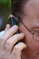 Mann mit Telefon, Handy
