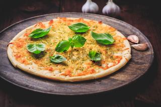 Pizza bread with garlic