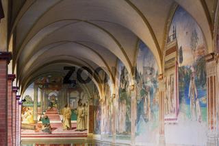 Kreuzgang mit Fresken, Abbadia di Monte Oliveto Maggiore, Toskana, Italy