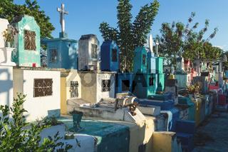 Line of gravestones at the cemetery 'Cementerio General' in Merida, Mexico