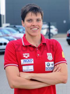 deutsche Schwimmerin Franziska Hentke SC Magdeburg bei Verabschiedung für Tokio Olympia 2021