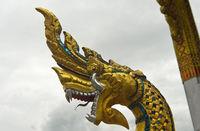 Kopf einer mythologische Naga-Schlange, Temple Wat Nong Sikhounmuang, Luang Prabang, Laos