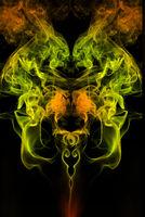 bunter gespiegelter rauch