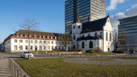 Kirche Alt St. Heribert und Caritas Altenzentrum - Köln-Deutz