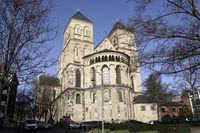 St. Kunibert, romanische Kirche aus dem 13. Jahrhundert