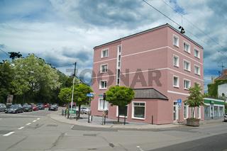 renoviertes Haus Bahnhof Ecke Brühlstr
