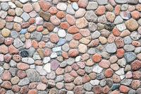 Mauer aus Kieselsteinen