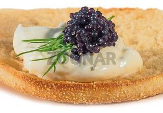 Toast mit Kaviar