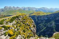Die Bergkette des Monte Perdido und der Canyon de Anisclo