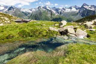 Das wunderschöne Wieser Werfer Moos Biotop bei Prettau im Ahrntal, Südtirol, Italien