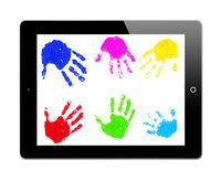Tablet PC mit Handabdrücken