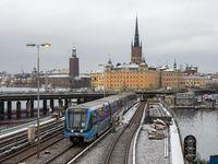 Handelsakademie, Kirche Riddarholms und Rathaus aus Sicht von Södermalm - Stockholm