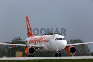 Airbus A319-111 der EasyJet Airline.