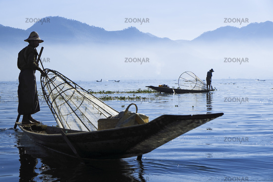 Fischer auf dem Inle See, Shan-Staat, Myanmar, Asien
