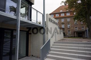 Bürgerhaus und Rathaus