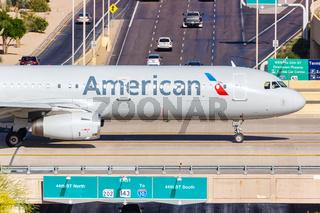 American Airlines Airbus A321 Flugzeug Flughafen Phoenix in Arizona