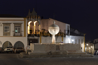 Foutain and Cordovil House in Portas de Moura