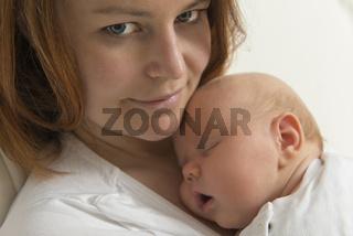 Mutter und ihr Baby
