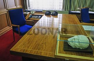 Schreibtisch von Erich Mielke, Stasi Museum, Berlin