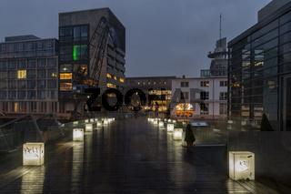 Fußgängerbrücke im Medienhafen