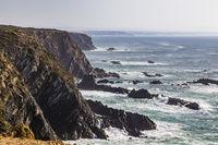 Küste mit Atlantischem Ozean bei Cabo Sardão, Alentejo, Portugal,