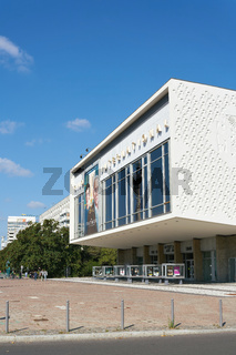 Kino International in der Innenstadt von Berlin