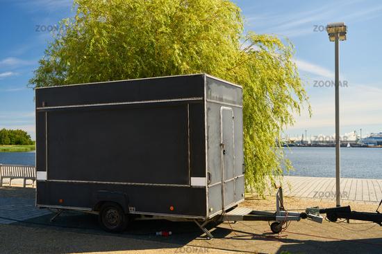 Food Truck Anhänger als Imbisswagen Mock-Up