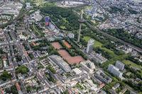 Köln Fernsehturm der Telekom und DITIB Zentralmosche an der Sübbelrather Straße.