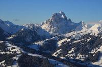 Winter landscape seen from Horeflue, Schoenried. Eggli ski area and Gummfluh.
