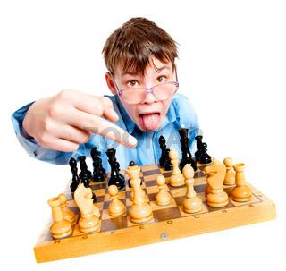 Nerd play chess