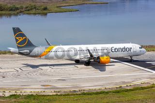 Condor Airbus A321 Flugzeug Flughafen Korfu in Griechenland