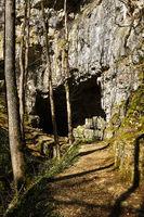 Falkensteiner Höhle auf der Schwäbischen Alb bei Bad Urach und Grabenstetten