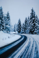 Driving home safely after long-lasting snow storm