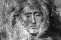 Portrait photo of Jesus Christ statue