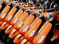 orange motorroller