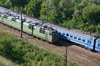 Zwei Züge in Russland