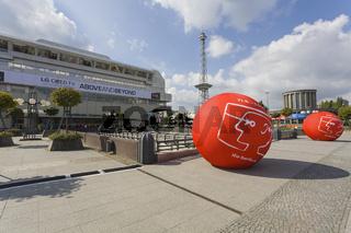 Werbung zur Messe IFA mit ICC und Funkturm, Berlin