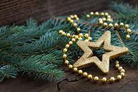 goldener Stern auf Tanne