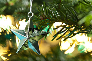 Siber Stern als Weihnachtsbaumdekoration