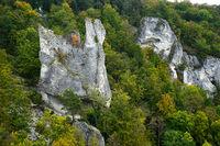 Naturpark Obere Donau; Blick zur Burgruine Neugutenstein; Baden Württemberg, Deutschland