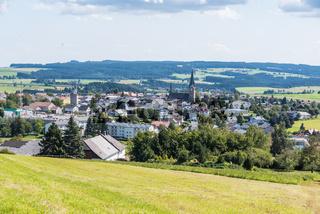 Bad Leonfelden - Gemeinde in hügeliger Landschaft des Mühlviertels