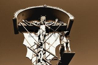 Christus am Feldkreuz sepia