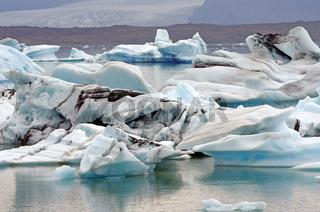 Dramatische Eislandlandschaft in Südisland