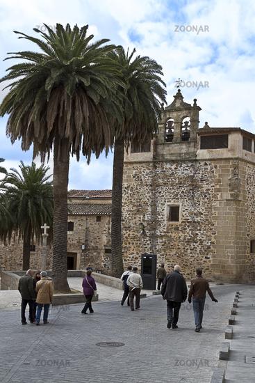 Flanieren in der Altstadt von Carceres