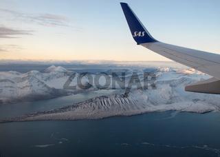 Anflug auf Longyearbyen, Spitzbergen, Arktis