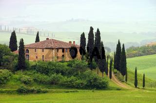 Toskana Haus im Nebel - Tuscany house in fog 07