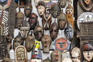 Verschiedene afrikanische Masken